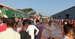 উল্লাপাড়ায় ট্রেন দুর্ঘটনার কারণ তদন্তে ৩ কমিটি