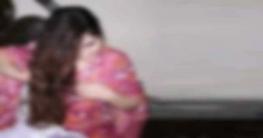 ডুমুরিয়ায় ছাত্রীর শয়নকক্ষে হাতেনাতে ধরা প্রেমিক-প্রেমিকা