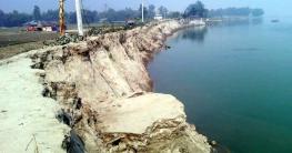 অসময়ের নদীভাঙন : হুমকিতে তিন হাজার পরিবার