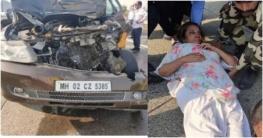 ট্রাক-প্রাইভেট কার সংঘর্ষে অভিনেত্রী শাবানা আহত