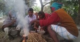 তেরখাদায় তীব্র শীতে বিপাকে হতদরিদ্ররা