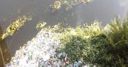 ক্লিনিকের বর্জ্যে দূষিত হচ্ছে কুমার নদী, দেখার কেউ নেই