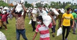 খুলনায় কর্মহীন ৫০০ জন পেলেন খাদ্য সহায়তা